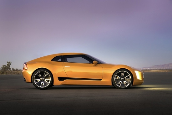 Kia-GT4-Stinger-static-22