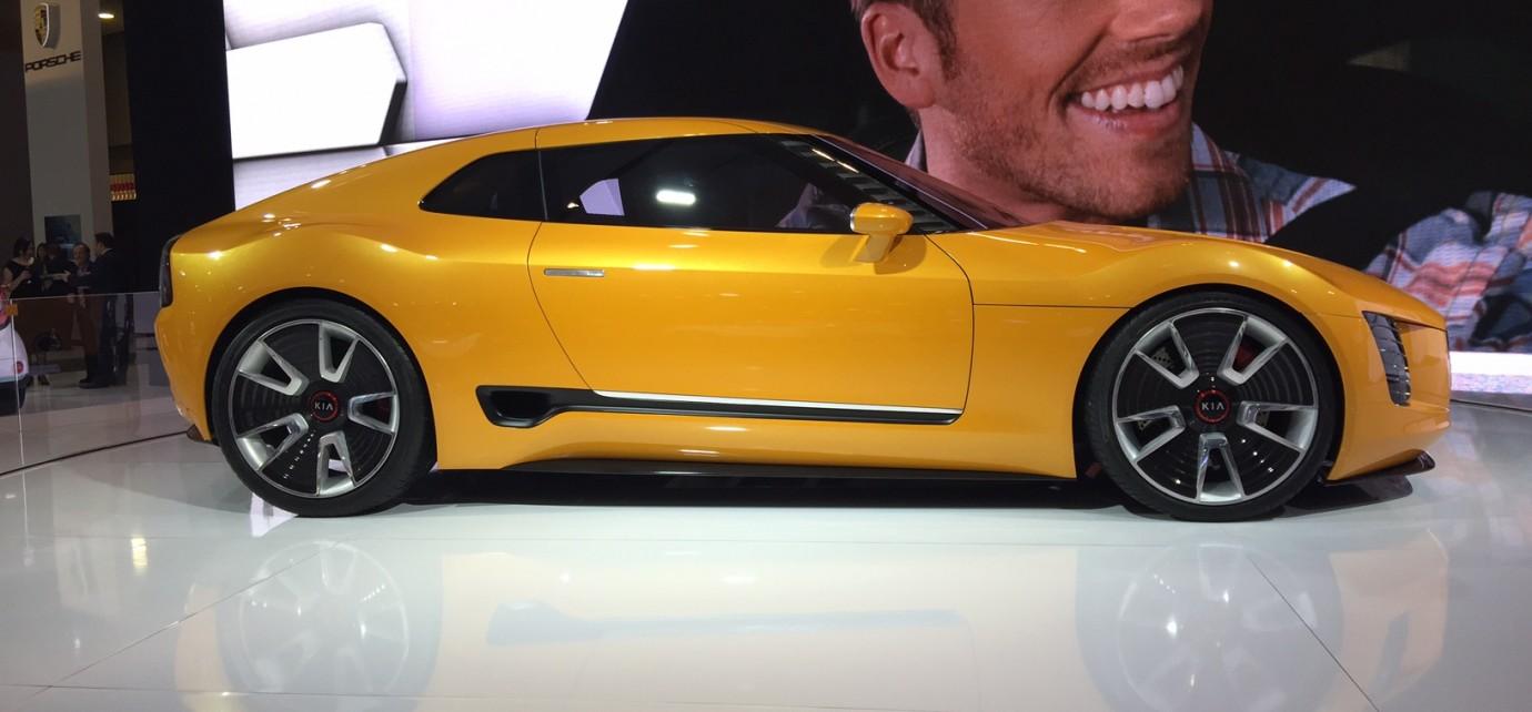 KIA CANADA REVEALS REAR-DRIVE GT4 STINGER CONCEPT | Toronto Kia