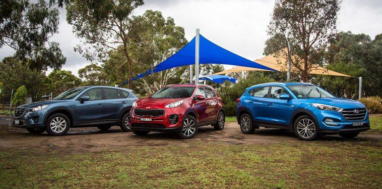 Hyundai Tucson Active X v Kia Sportage SLi v Mazda CX-5 ...