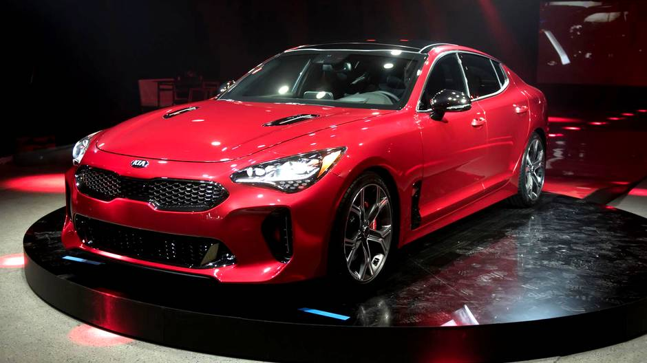 kia directly targeting bmw with new stinger sedan revealed. Black Bedroom Furniture Sets. Home Design Ideas