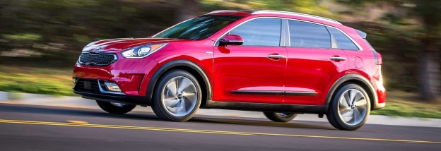 CRM-Cars-Hero-Kia-Niro-12-17