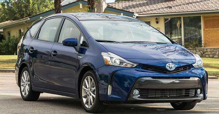 CRM-Cars-Inline-Toyota-PriusV-12-17